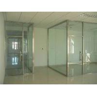 北京專業安裝定制玻璃隔斷,全北京安裝測量