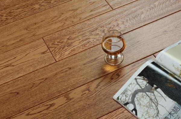 书香世佳地板-实木地板-橡木