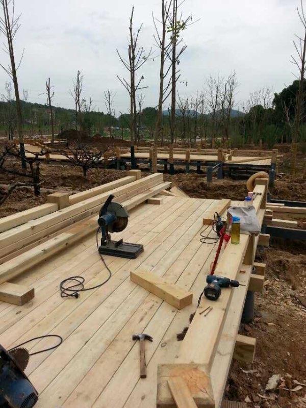 铜陵优质户外园林景观防腐木 防腐木木栈道地板栏杆