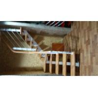 烟台楼梯 烟台实木楼梯 烟台钢木楼梯 烟台玻璃楼梯